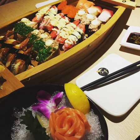 🍣 Food And Drink Food Freshness Indoors  No People Table Ready-to-eat Healthy Eating Close-up Day Good Food Enjoying Life Taking Photos