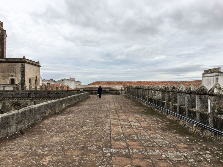 Basilica of Our Lady of the Assumption, or Cathedral of Évora, or simply Sé of Évora, begun built in 1186 and consecrated in 1204. Catolic Church Church Finding New Frontiers Medieval Architecture