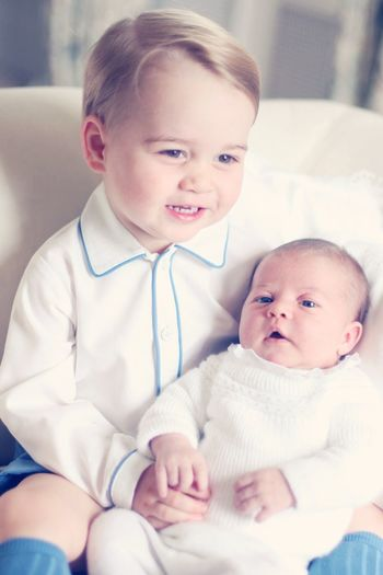 Presenting the prince & princess. Absolutely adorable! Prince Charming Cute Baby Adorablekids