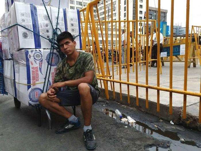 Download. VSCO Streetphotography Limaperu Full Length Sitting Men Posing Thoughtful Stories From The City The Photojournalist - 2018 EyeEm Awards The Portraitist - 2018 EyeEm Awards