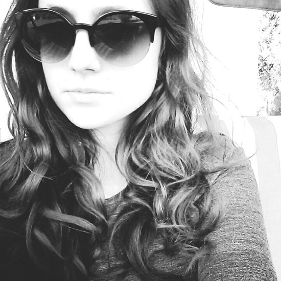 Sunglasses Sunglasses On Blackandwhite Photography Blackandwhite Looking Face ThatsMe Myself MYSELFIE Me Hello World Helloworld Samsung Galaxy S6 Relaxing