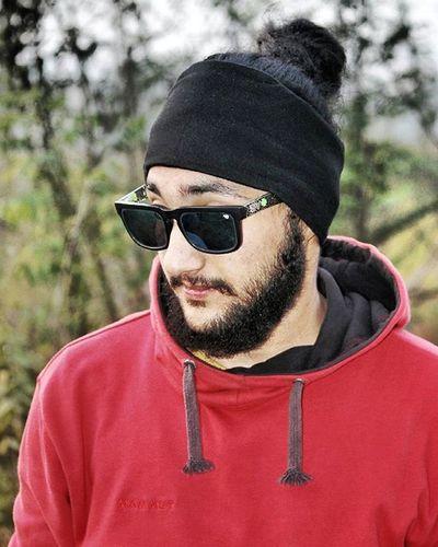 Beard Bearded Beardedlifestyle Beardeddragon BeardsAreSexy Beardstagram Manbun Lovemanbuns Manbunlifestyle ManBunMonday Dailymanbun Manbunshun