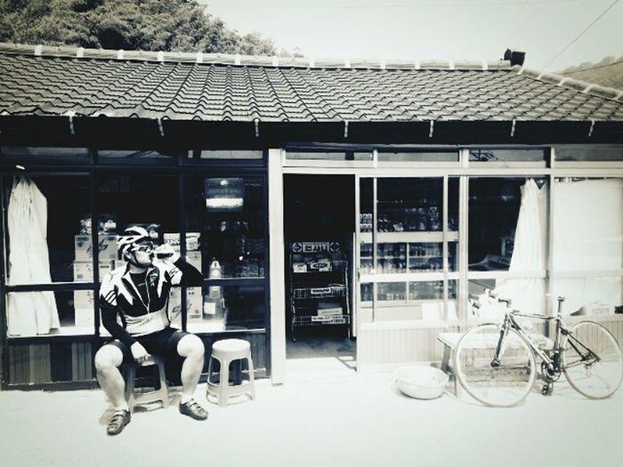 Coca Cola ✌ Roadlife Black And White Bicycle Trip Roadbike Korea 부산 Busan