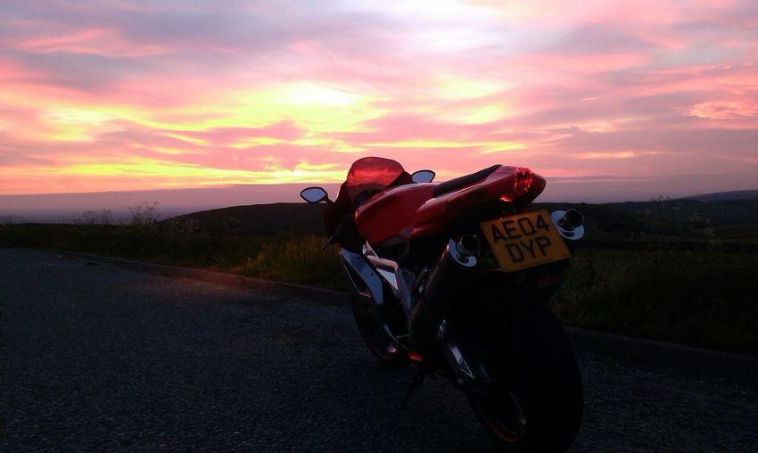 Motorbikes Motorcycles Evening Sky Sunset