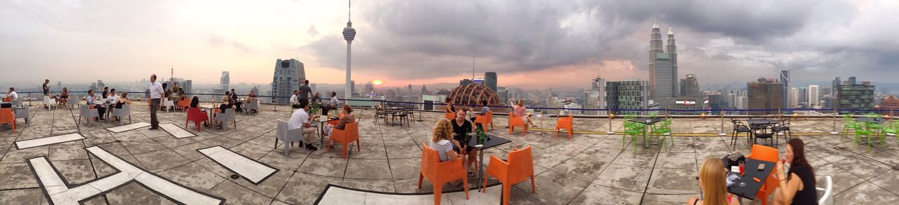 Original Experiences Rofftop Skyline Skycraper Panorama Cityscape Terrace Drinking Hanging Out Leisure Activity Having A Mojito In The Helicopter Parking
