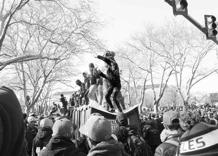 Porta party. Streetphotography Flyeaglesfly Large Group Of People Partypeople Philadelphia Philly Superbowl Parade