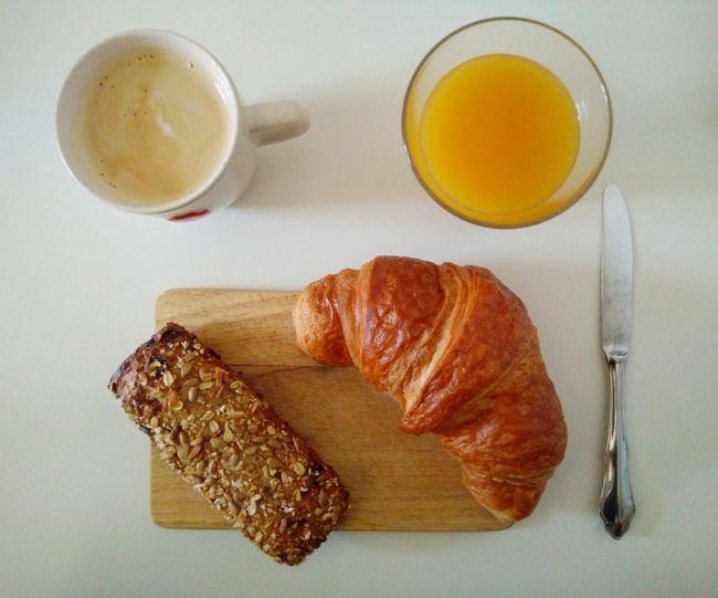 Breakfast Breakfast Petit-déjeuner Frühstück Coffee Juice Jus Croissant For Breakfast Croissant Bread Pain Cafe Matin Morning Food Food And Drink Goodstartoftheday