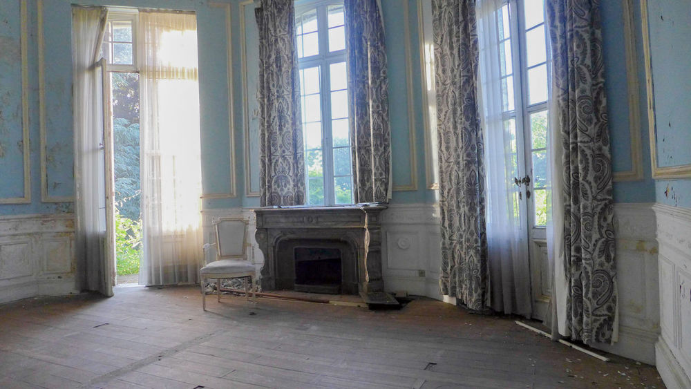 History Architecture Built Structure Window Day Indoors  No People Lostplaces Abandonedplaces Abandoned Buildings Castle Abandoned Castle Abandoned Abandoned Places Urbexworld Urbexexplorer Photography Photograph Discovering Travel Destinations Vacation Barock Luxury Luxuryhotel Interior Design