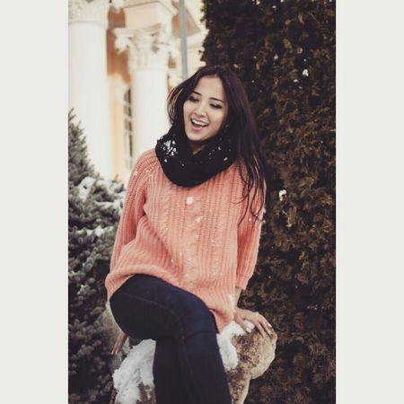 Побольше смеха и офигенных моментов в жизни, всегда улыбайтесь искренне!