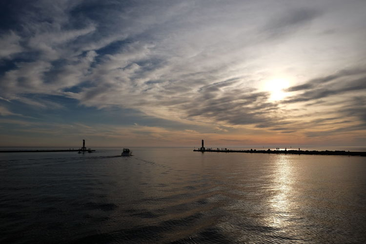 Lake Michigan Quiet USA Clouds Dockside Dusk Idyllic Lake Lakescape No People Outdoors Scenics - Nature Silhouette Sky Sunset Tranquil Scene Tranquility Water