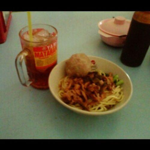 Lunch Lagi Kali Belom kenyang @indahintan