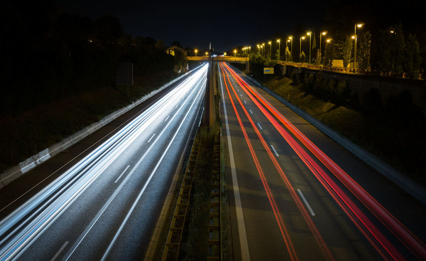 Lichtspiel an der Straße Speed Road City Light Trail Night Long Exposure Vehicle Light Highway Traffic Street Transportation City Life Dark Cars Augsburg Sony A6000 Sony Backgrounds