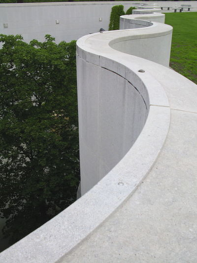 Art Museum Art Museum, Bonn Bonn Art Museum Curve Curved Walls Curves Meandering Meandering Walls Outdoors Sinuous Sinuous Walls Stone Walls Twisting Twisting Walls Walls Winding Winding Walls