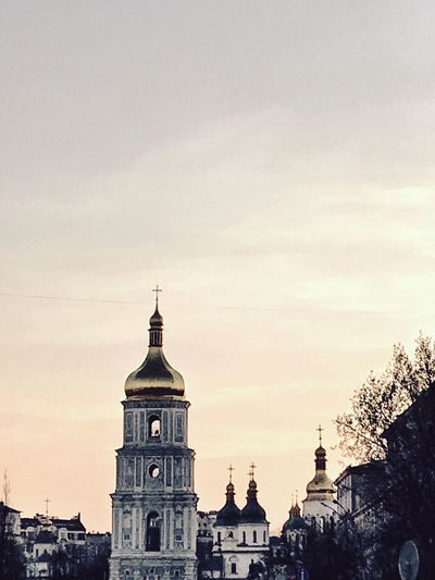 Architecture Building Exterior Built Structure Sky Religion Dome Place Of Worship No People Spirituality Travel Destinations Outdoors City Day Zoom Skyline Shotoniphone7 Kiev Church Orthodox Urbanphotography Ukraine