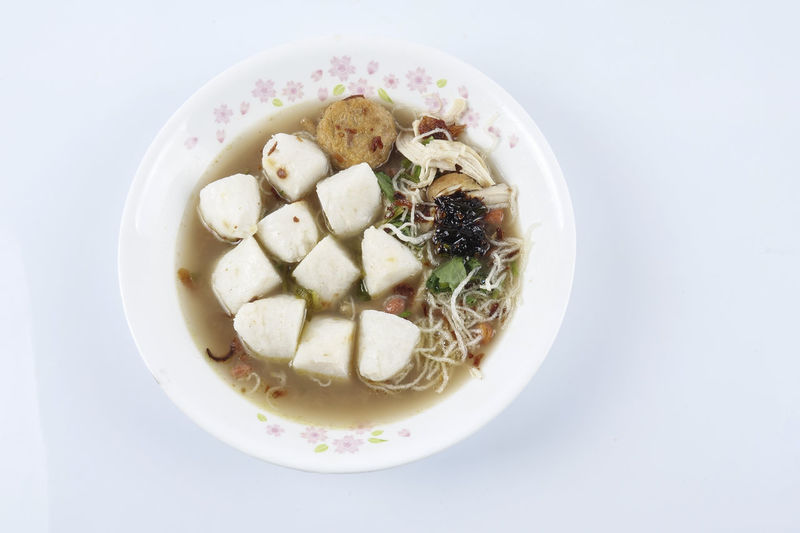 CHICKEN SOTO WITH SOUP ISOLATED ON WHITE Soto Ayam Asian Food Delicious Food Food And Drink Freshness Healthy Eating Indonesia Food Indoors  Local Food No People Ready-to-eat Rice Dumpling Soup Wellbeing