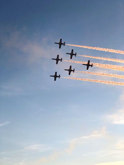 Perfect training Patrulla Aguila Festa Al Cel Airplane Air Vehicle Flying Sky Airshow Plane Cooperation Teamwork Speed Fighter Plane Cloud - Sky EyeEmNewHere