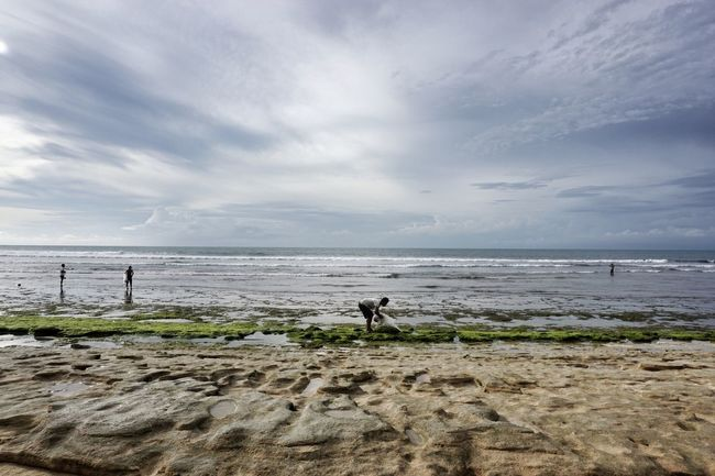 Water Sea Beauty In Nature Horizon Over Water Beach Scenics Tranquil Scene People Tranquility Finding New Frontiers Travel Bali, Indonesia Real People, Real Lives Ocean View Copy Space The Great Outdoors - 2017 EyeEm Awards