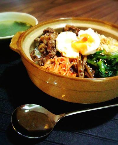 晩ごはん☆彡 비빔밥 ビビンバ Dinner Table Food Porn 韓国料理 Korean Food わかめスープ Enjoying A Meal