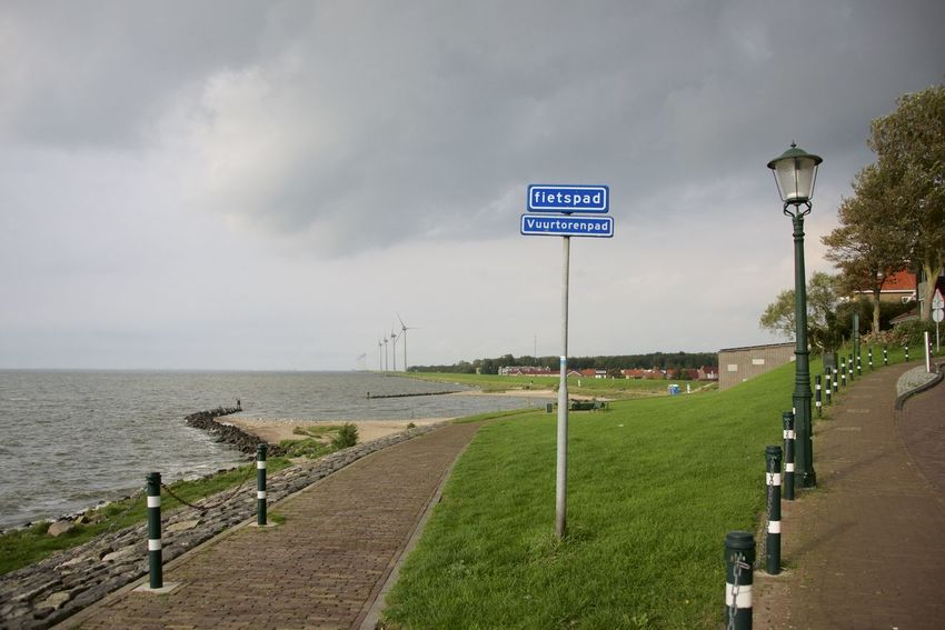 Dutch cycle route 'Oud en Nait Urk' in Flevoland. Netherlands Oud En Nait Urk The Netherlands Cycle Path Dutch Flevoland Guidance Holland Road Sign Urk Water