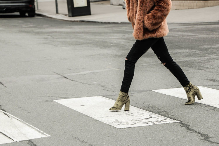 Adult Adults Only Beauty Casual Clothing Crossing The Street Day Fashion Fashion&love&beauty Funky Human Body Part Human Leg Low Section NYC One Person One Woman Only Only Women Outdoors People Street Walking Young Adult
