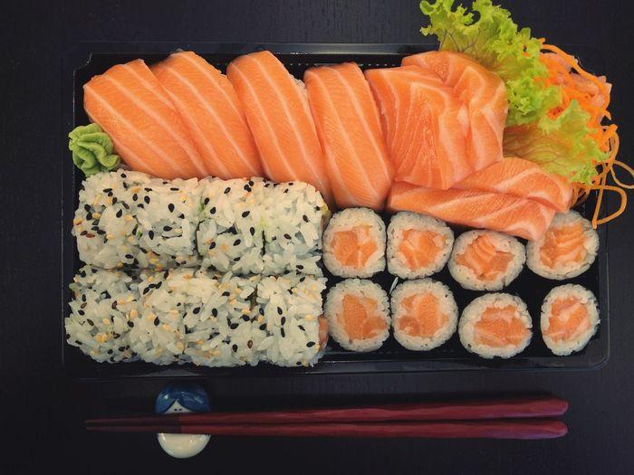Another delicious set from our friends around the corner. And it tastes even better, than it looks! Healthy Eating Salmon - Seafood Food Freshness Food And Drink Sushi Sashimi Dinner Sashimi Bowl Sashimilovers Sashimi Dish Sashimiday Nigiri Nigirizushi Nigiri Sushi