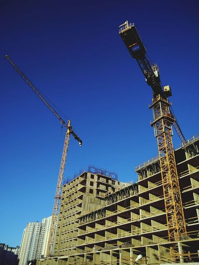Building is Under Construction 🏢 No People City Sky Architecture Minimalist Architecture Architecture Urban Photography Lights And Shadows Urban Geometry Urban Skyline Urban Architecture Geometric Architecture Geometric Structures Blue Sky EyeEm Best Shots Built Structure Buildings & Sky BuildingPorn City Life NEM Architecture Growing Better Future Smart Simplicity The Architect - 2017 EyeEm Awards