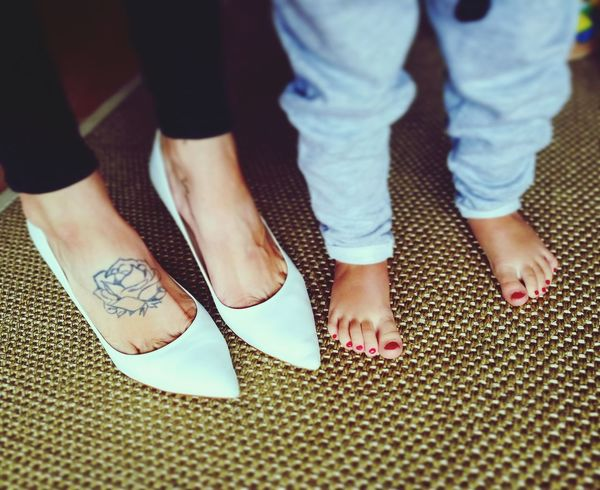 Feet Person Shoe Togetherness Casual Clothing Red Footpath Day Flooring Fashionable Low Section Friendship Standing Focus On Foreground Legsselfie Beauty Young Adult Tattoogirls Checkthisout Hello EyeEm Daughtersarethebest MomsLove Daughterslove Daughter And I Cutegirl Love My Family ❤
