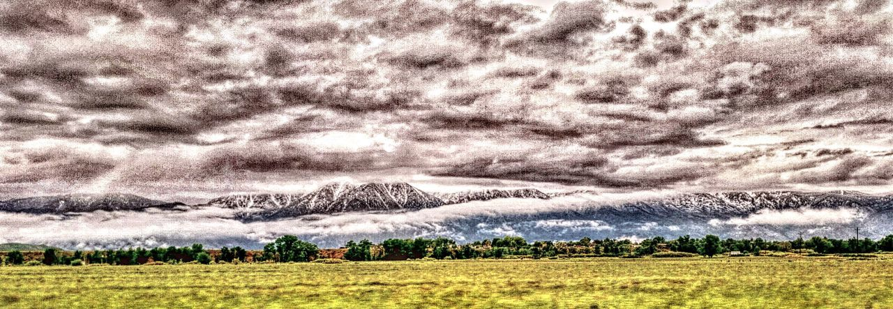 Ranch Life Great Outdoors - 2016 EyeEm Awards EyeEm Best Edits Filter Fun Country Life Carson Valley NEVADA, USA!♡ No People Mountain Range Landscape_Collection Farm Life Grassy Field Country Living Clouds And Sky Spectacular View Travel Wall Art Hills And Valleys Snow ❄ Snow Mountain Valley View Traveling Desert Beauty Snowcapped Mountain Panoramic Photography