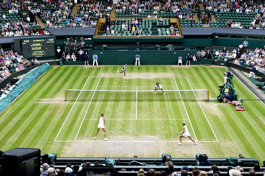 Serena and Venus Williams winning the women's doubles final on Centre Court at Wimbledon 2016. Doubles Final England England, UK England🇬🇧 London LONDON❤ Serena Williams Tennis Tennis Ball Tennis Court Tennis Player Tennis 🎾 Tennisball Tenniscourt Venus Williams Wimbledon Wimbledon2016