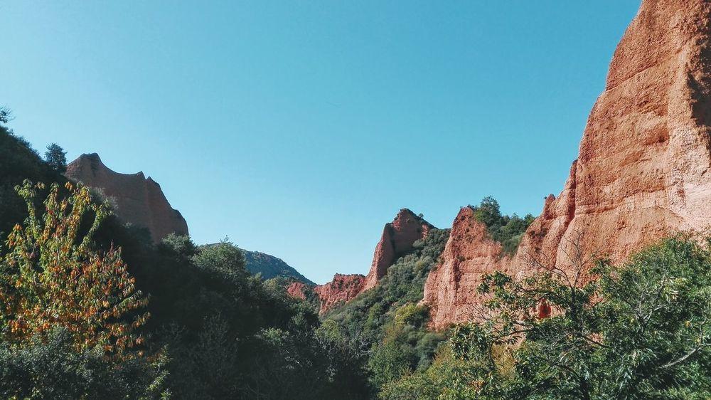 Beauty In Nature Blue Lasmédulas Mountain Nature Outdoors Sky