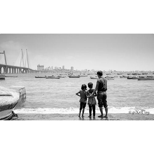 Onceuponatimeinmumbai Bandraworlisealink Seaface Nikontop Blackandwhite Thenikonguy NikonD7100 Love Fun ©piXelPlay