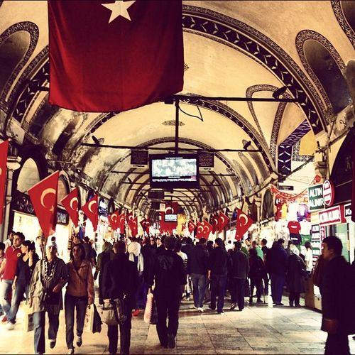 Grandbazaar  Turkishflags Red 29thoctober