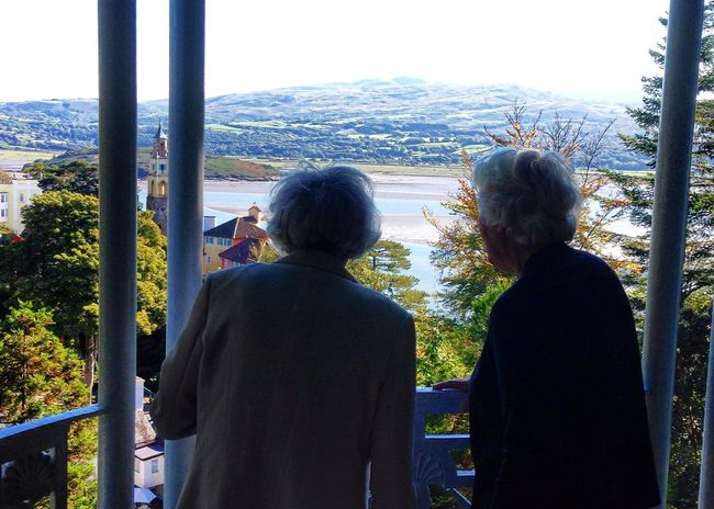 Old friends Old Friends Senior Seniors Old Elder Elderly Elderly Friends Companion Companionship Sharing  Grey Grey Hair White Hair Vacation Holiday View From Above Viewpoint Scenic View
