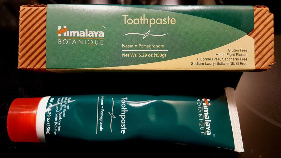Himalaya toothpaste Toothpaste natural healthy No People Close-up tube Mint Fresh mouth Healing neem pomegranate Soothing gums clean Gluten Free fluoride free sulfates free Saccharine Free Fight Plaque botanique