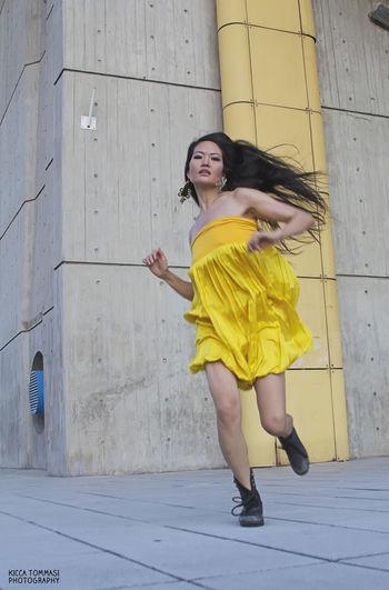 Delia, making real my crazy visions Eye4photography  EyeEm Fashion Fashion Photography Fashion&love&beauty Running Street Fashion The Fashionist - 2015 EyeEm Awards Yellow