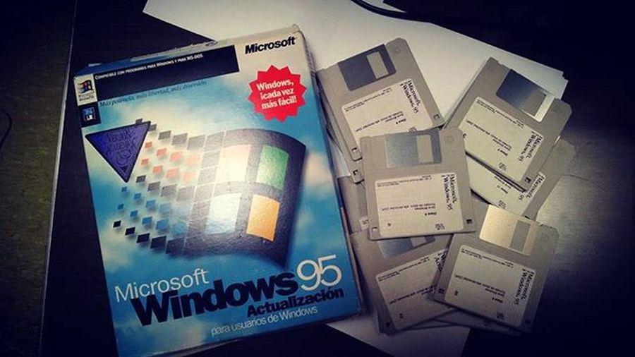 Outra de TesourosEsquecidos Microsoft Windows95 cos seus 13 Disquetes
