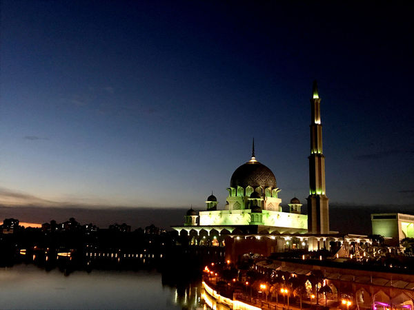 #Exposition #Mosque #Night #architecture #art #exterior #islam #landscape #malaysia #photography Religion Sky