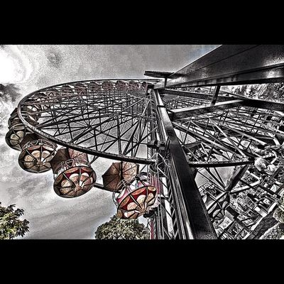 Giant wheel phobia Pimpmyphoto original photo courtesy @apelkroak members of Iphonesia Instago Apelkroakpimp hdr playground giantwheel
