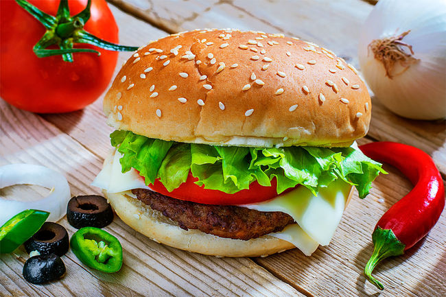 Bun Burger Close-up Day Drink Fast Food Food Food And Drink Freshness Hamburger Indoors  Lettuce Meat No People Ready-to-eat Sesame Table Tomato Eyeemmarket Vegetable Wood - Material EyeEmNewHere Lunch Dinner Sandwich