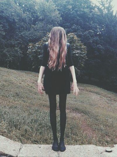 I wish I could be skinny, and beautiful, and the boys like me, I don't know, maybe have a boyfriend, but no, I'm just a fat and ugly girl who anybody wants, it sucks, it sucks to be that, maybe if someon loves me, the things may change, but now, all I can do, it's hate myself, and wait for dead. Skinny Being Ugly Hatemyself