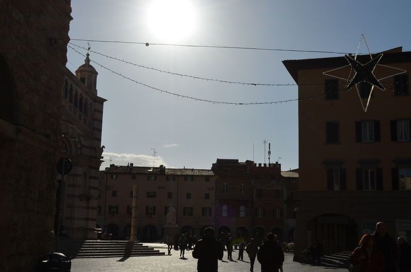 Travael Nofilter No People Italy 🇮🇹 Grosseto Italy Cityscape Architecture History Travel Destinations Sun Built Structure Building Exterior Old Town Town City Sunny Day Cristmas Decoration