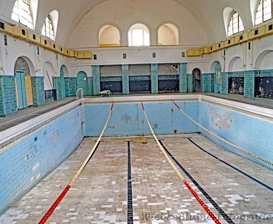 Lost Places Absence Arch Architectural Column Architecture Building Built Structure Ceiling Day Empty Flooring In A Row Indoors  No People Old Pool Swimming Pool Tiled Floor Water Window