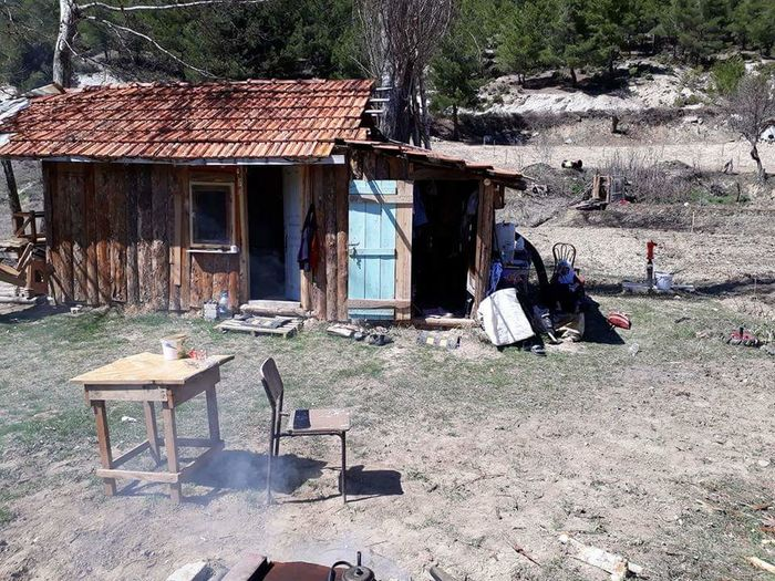 Built Structure Water Outdoors Chair Nature Architecture Sand No People Day Kütahyalı Kütahya Türkiye Hello World First Eyem Photo Emet First Eyeem Photo Beauty In Nature