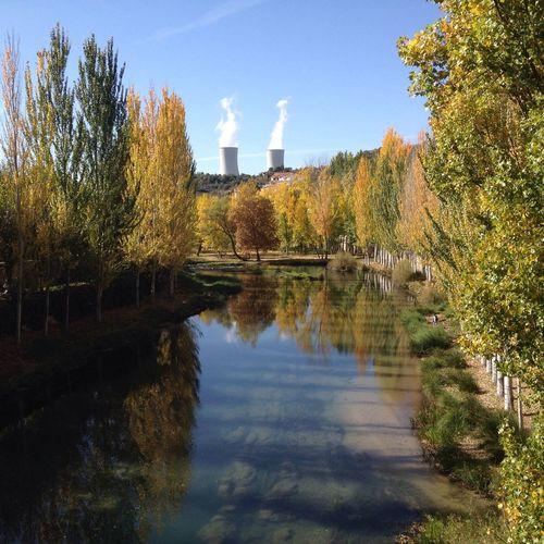 Río Tajo y Central Nuclear. Viaje A La Alcarria