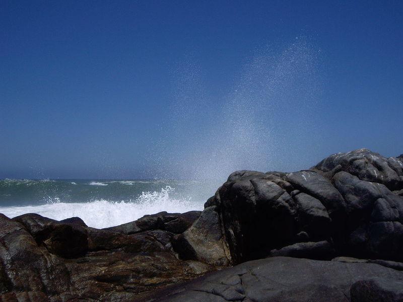 Beauty In Nature Horizon Over Water Nature Ocean View Ocean Waves Hits The Rock Sea Water