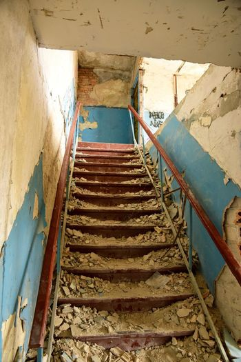 Treppen Stairs Escaleras Treppe Verfallen Decaying Lostplaces Lost Places EyeEmNewHere
