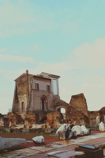 Old Ruin History Building Exterior Travel Destinations Tourist Attraction  Historical Building Building Photography EyeEmNewHere Landscape Photography Landscape Scenery Shots Scenics View Scenic Day Sky Outdoors Clear Sky Palatino Roma Ruins Built Structure Architecture Cloud - Sky Italia The Architect - 2017 EyeEm Awards