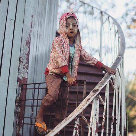 Boy Playing PeoplePark Asiageographic igersburmeseigers igersmyanmar everdayasia picoftheday photooftheday streetphotography yangonbyphone humaninyangon burma myanmar yangon