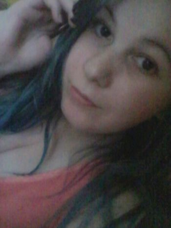 Chill 😌😀 Hi! That's Me Hello World Nomakeup Ugly Saturday Like4like Longhair Portrait Portrait Of A Woman Portraits Woman Girl Picoftheday Coloredhair BlueHair Tired Tiredface Selfie ✌ Self Portrait Selfies Spring Weekend Chill Chill At Home