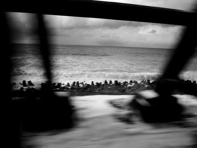 Sea Winter Nopeople Nature Blurred Motion Snap Snapshot Snapshots Of Life EyeEmNewHere Non-urban Scene Rural Scene Melancholy Nikonphotography Nigata Trainphotography Blackandwhite Photography Monochrome Welcome To Black The Great Outdoors - 2017 EyeEm Awards